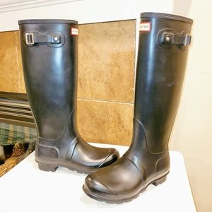 EUC! Original Hunter Tall Black Rubber Rain Boots